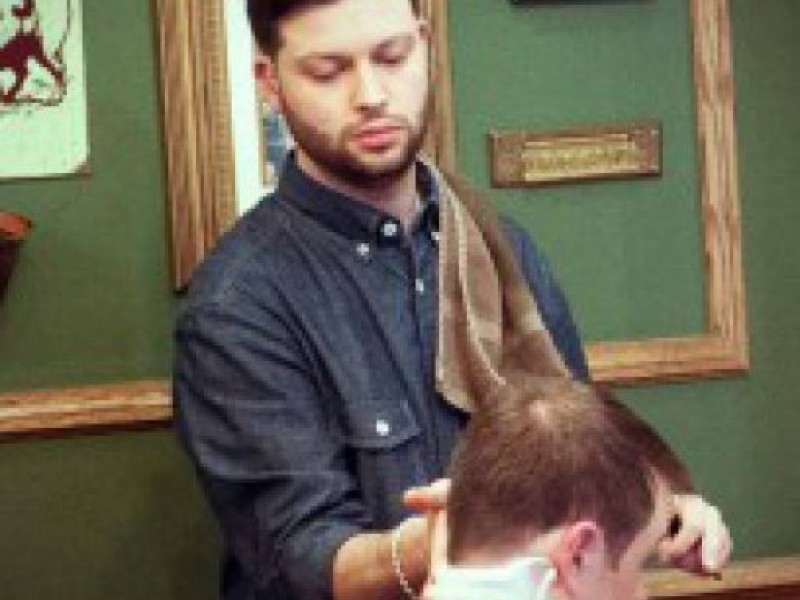 Peter Solomon Of State Street Barbers In The South End Goes Local