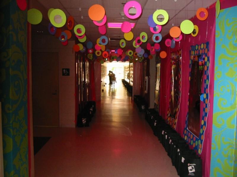 Hallway Party Decorating Ideas