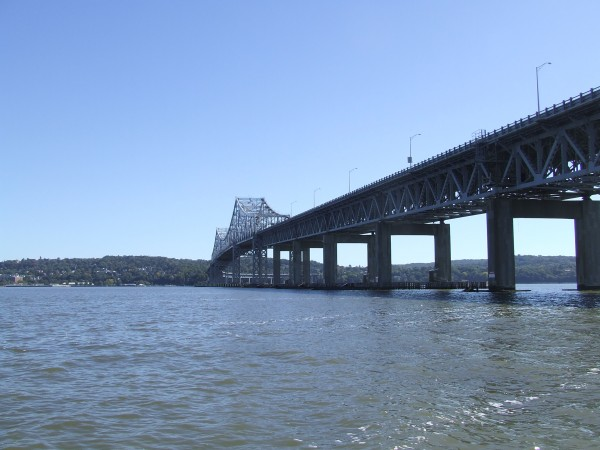 A argumentation of water pollution in hudson river