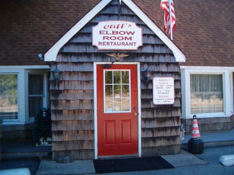 91: Lunch or Dinner at the Elbow Room | North Fork, NY Patch