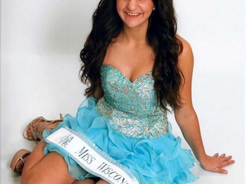 International Junior Miss - Wisconsin Pre-Teen & Jr Teen Crowned! |  Brookfield, WI Patch
