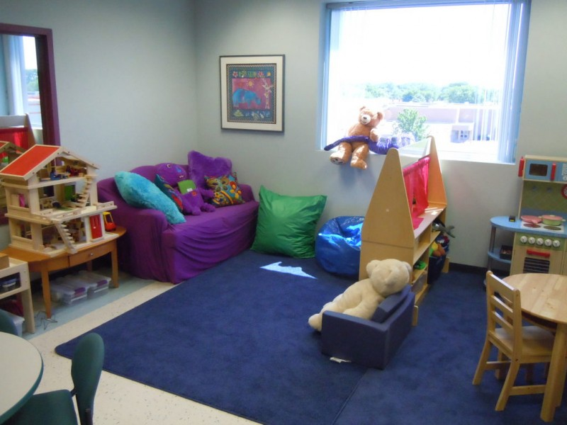 Play therapy room will help hurting kids heal niles il for Office design northbrook il