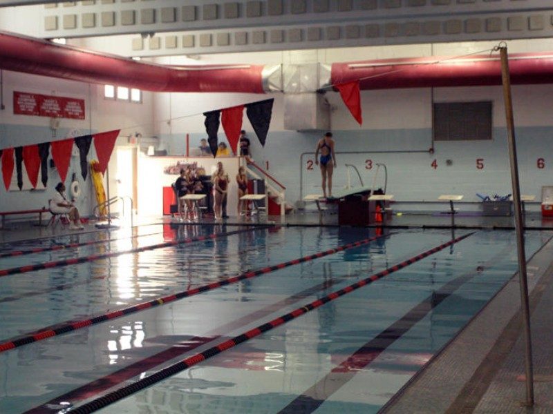 Sayville bayport bluepoint girls swim team loses to - Long island swim school garden city ...