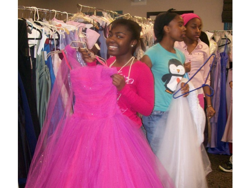 Donate Prom Dresses, Tuxedos to Boston Teens | Charlestown, MA Patch