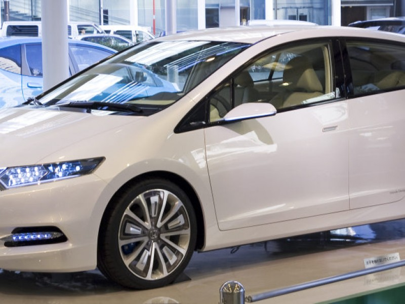 Hybrid Cars Making Little Gain in Local Marketplace