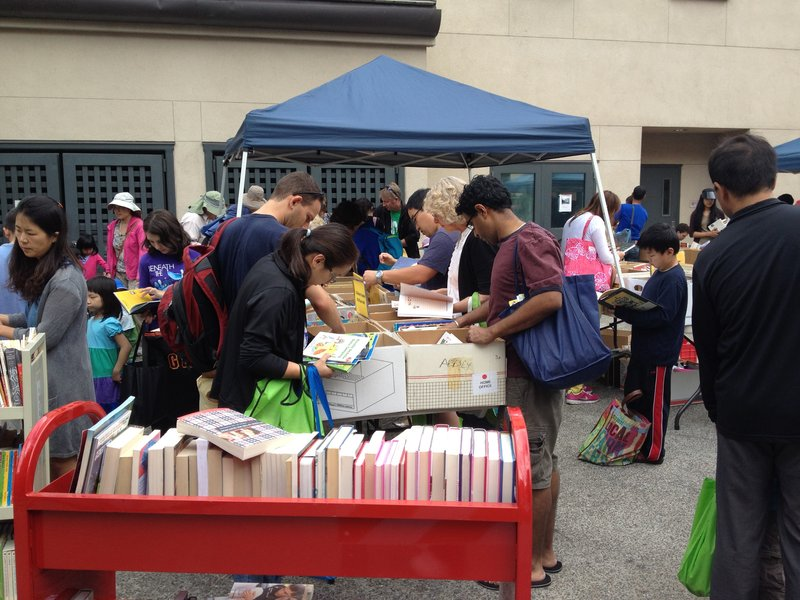 Mountain View Library Book Sale