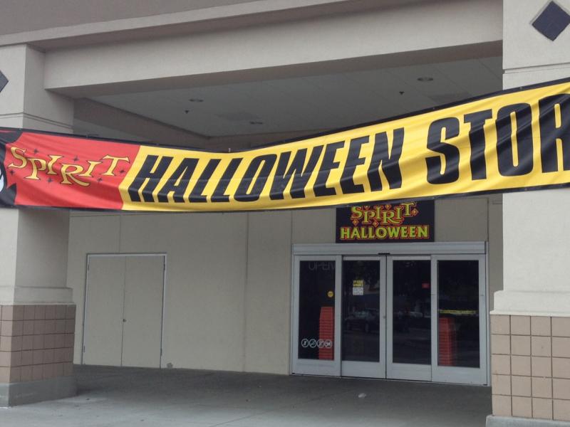 Spirit Halloween Store Opens In Roseville Roseville Ca
