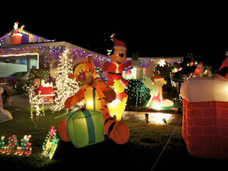 Where to Find Holiday Light Displays in Union City | Union City, CA ...
