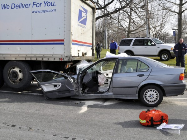 Car Slams Into USPS Truck - Half Hollow Hills, NY Patch