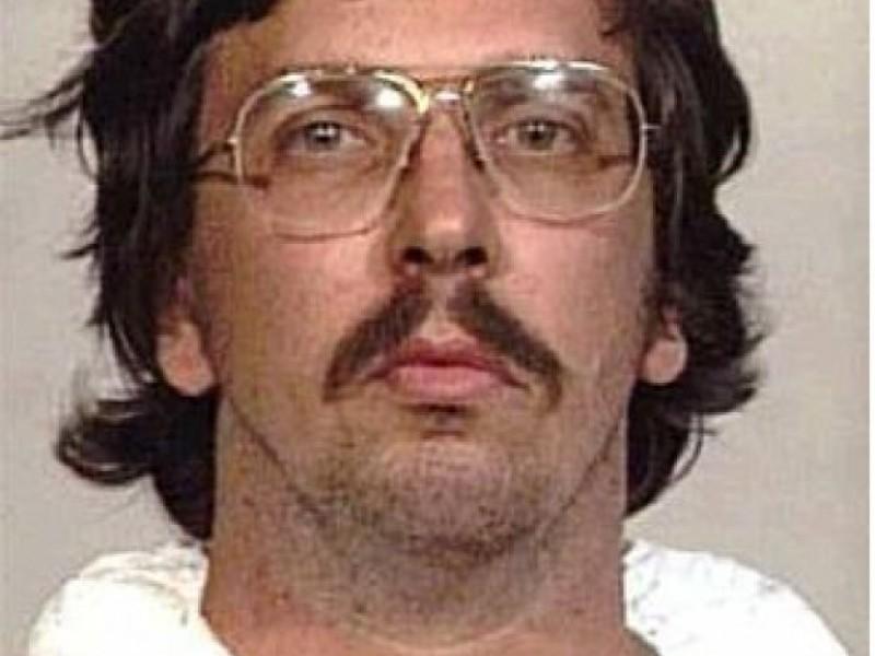 Serial Killer S Home Sells In East Meadow East Meadow