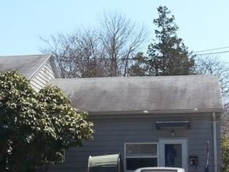 Local Woman Wins Free Roof From A 1 Roofing And
