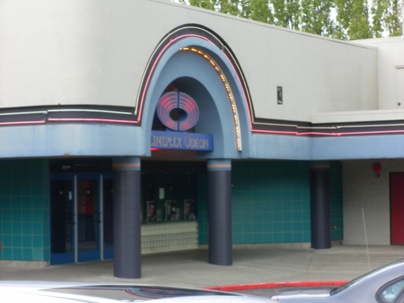 Factoria theater bans masks fake weapons after shootings for Woodinville theater