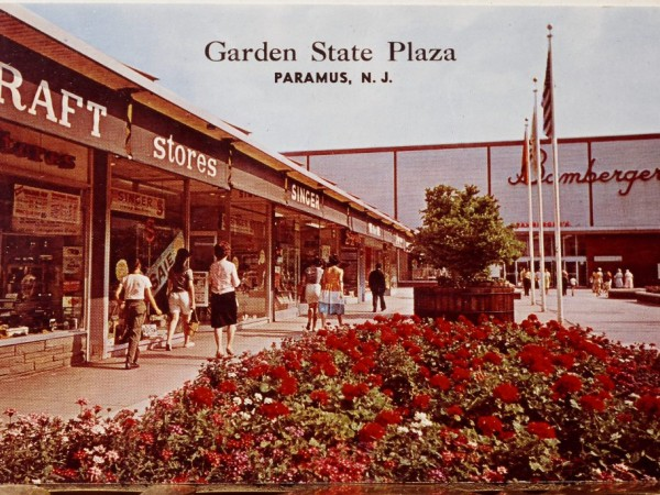 Remember when the garden state plaza looked like this paramus nj patch for Garden state plaza mall paramus nj