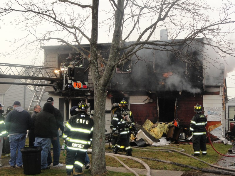 House Fire Injures One On Crabtree Lane Levittown Ny Patch