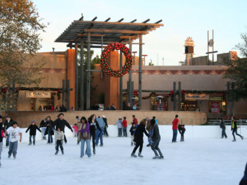 Viejas Opens Largest Outdoor Ice Rink in SoCal for Holidays