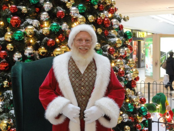 Santa has moved his workshop to the Livingston Mall as part of the annual Santa Photo Experience. From now until Dec. 24, children can be photographed with Kris Kringle in the mall's Center Court.