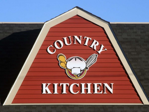 Country Kitchen Celebrates Four Years In Brewster