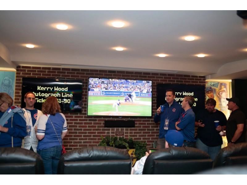 Man Caves Charles Kelley : Suburban man with fancy cubs inspired cave ready for big win