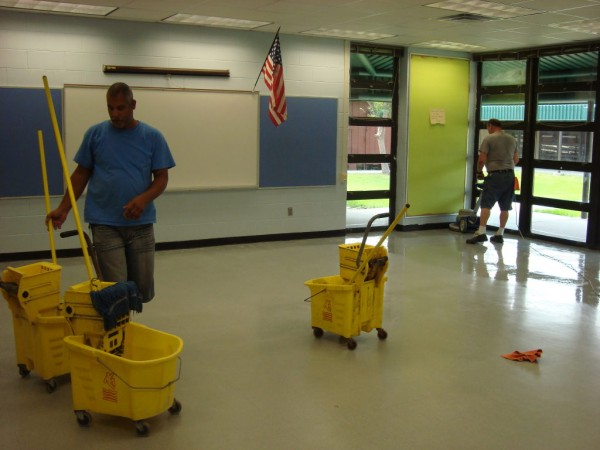 School Custodial Crews Work Hard Over The Summer - Land O' Lakes ...