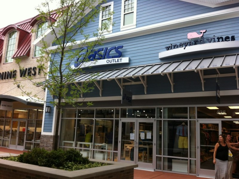 asics outlet store new hampshire