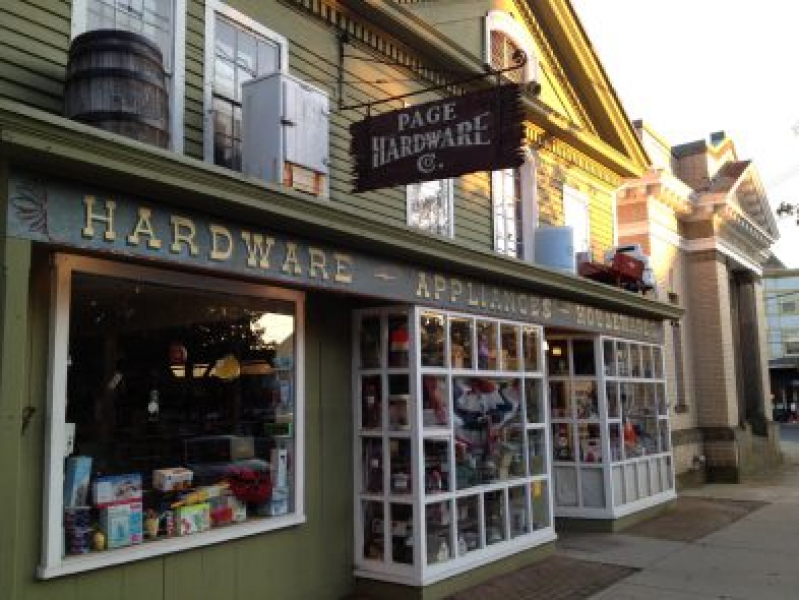 Page Hardware Named Best 2017 By New Haven Living