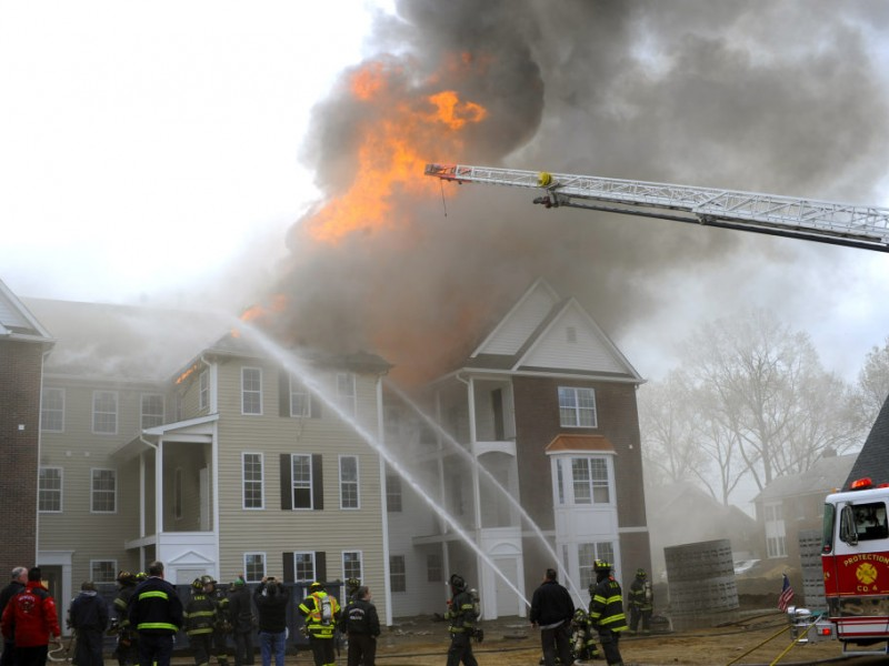 Avalon Garden City Owner Complex Suffered Minimal Damage In Fire Garden City Ny Patch