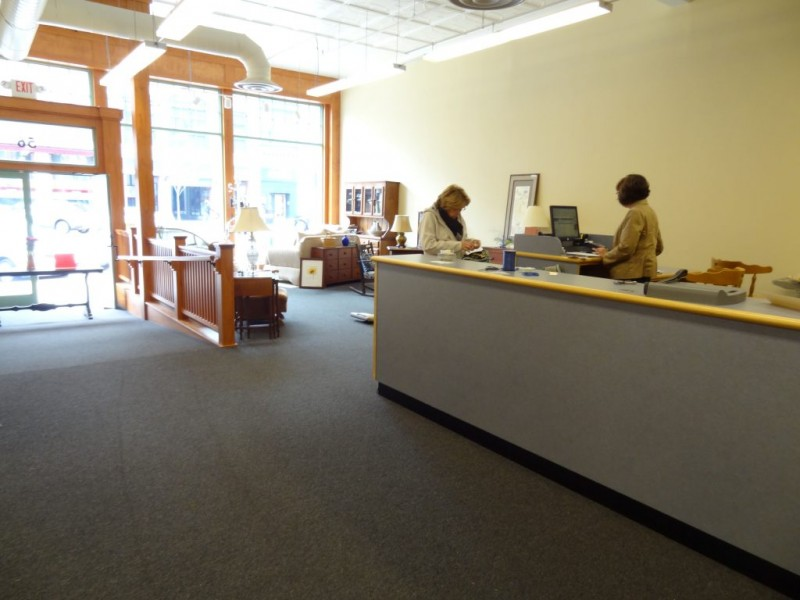 Charmant ... Hilltop Consignment Re Opens In Downtown Concord 0 ...