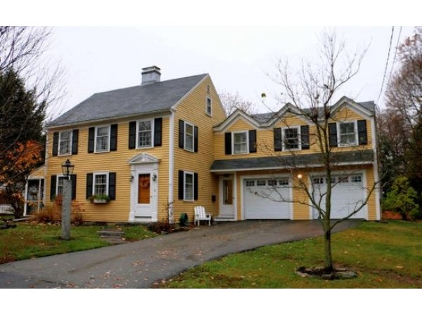 new exeter brentwood houses for sale exeter nh patch. Black Bedroom Furniture Sets. Home Design Ideas