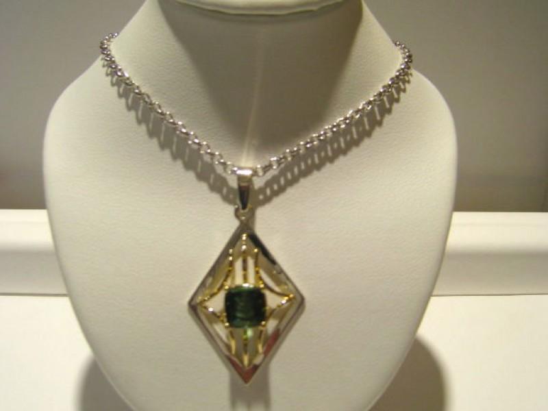 Novi Middle School Students Win Larson Jewelry Design Contest Novi