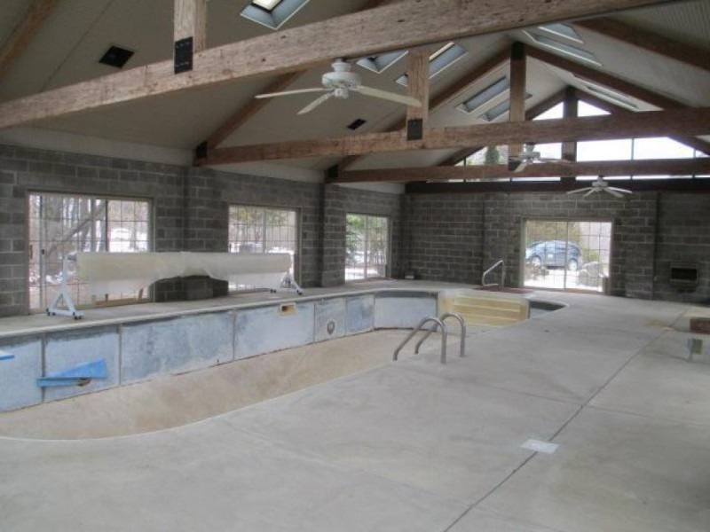 Home with indoor pool for sale in chelsea chelsea mi patch - House with indoor swimming pool for sale ...