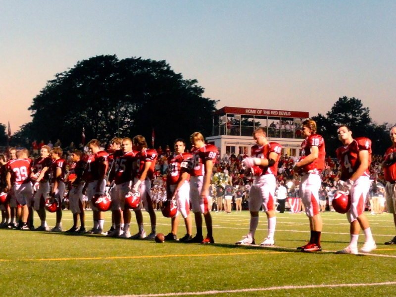 Football Hinsdale Central Routs Addison Trail For 1st Win Of Season