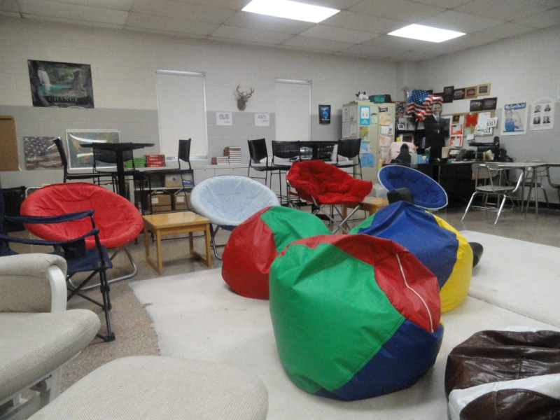 Elementary Classrooms Without Desks ~ No desks problem channahon il patch