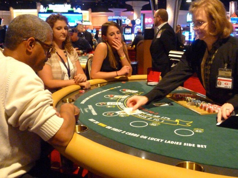 Free online casino dealer training