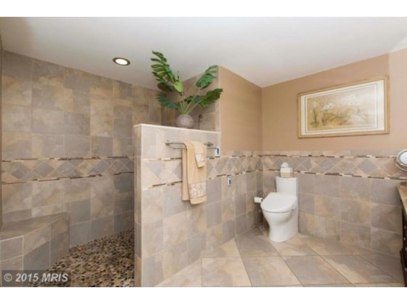 Leeswood WOW House with Walk-In Shower, Heated Toilet | Bel Air, MD ...