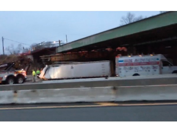 Tractor Trailer Accident Long Island Expressway