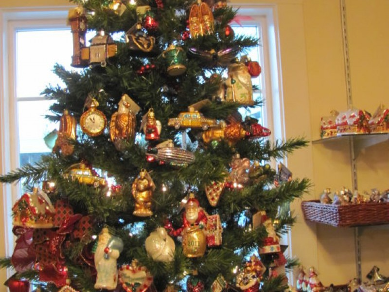 bellevue business its always christmas at bellevues christmas house bellevue wa patch - Always Christmas