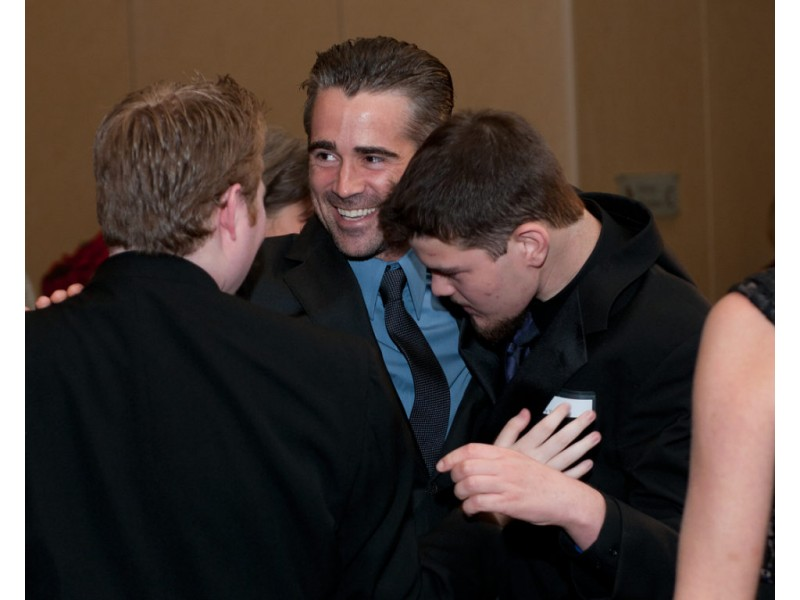 Colin Farrell Shares Son S Story At Local Angelman
