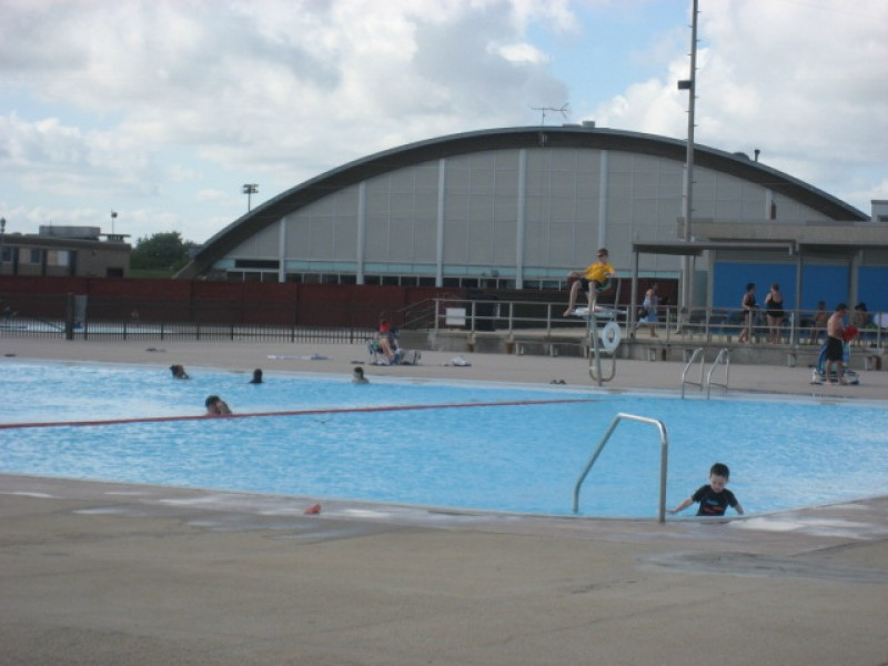 Update beat the heat at newbridge road park pools - Pools on the park swimming lessons ...
