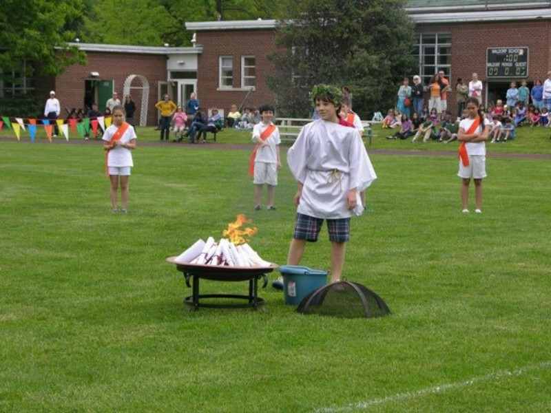 Waldorf Fifth Graders Host Greek Olympics | Garden City, NY Patch