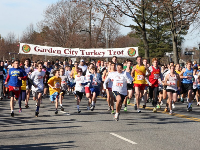 garden city turkey trot attracts thousands of runners 0 - Garden City Turkey Trot