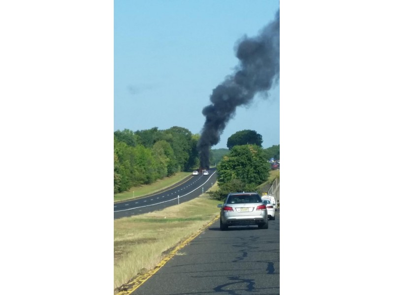 BREAKING: Wreck, Car Fire Shuts Down Traffic On Garden State Parkway ...