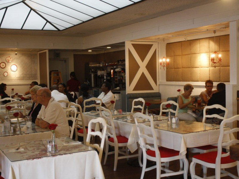 Quot restaurant impossible transforms off street cafe s decor