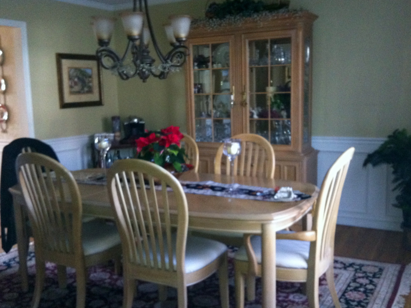 By Owner Fabulous Bernhardt Dining Room Set Table 6 Chairs & Hutch ...