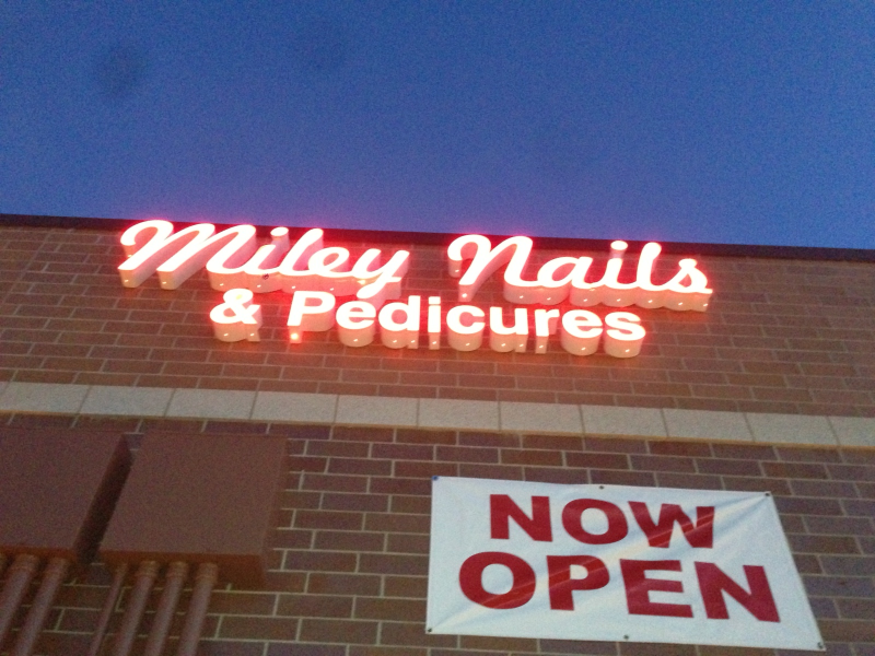 Mia Nails Owners Open Second Salon in Woodbury | Woodbury, MN Patch