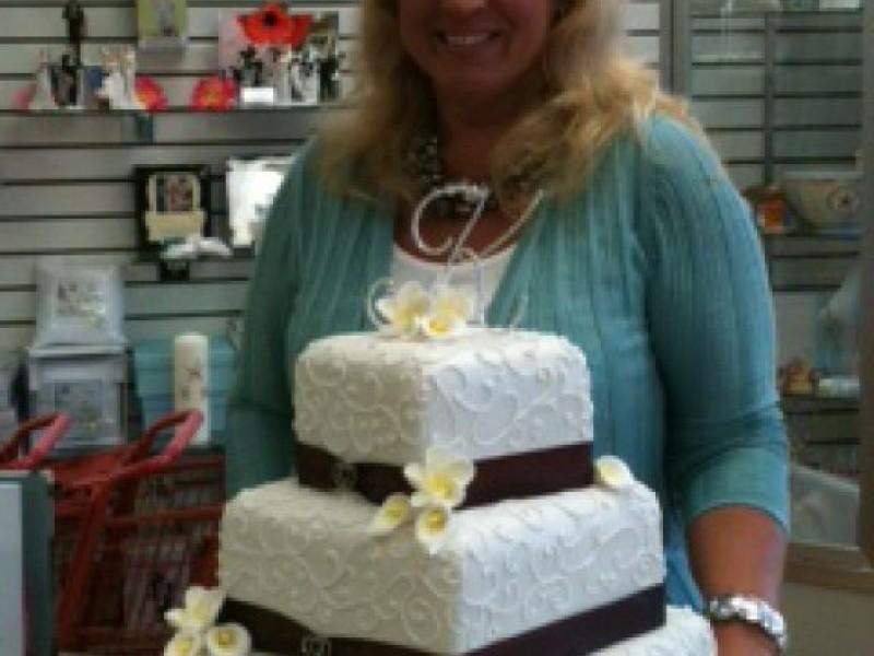 Behind The Counter: Cake U0026 Wedding Cottage
