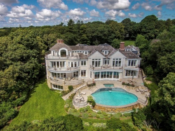 Top 10 Most Luxurious Homes for Sale in Massachusetts Framingham
