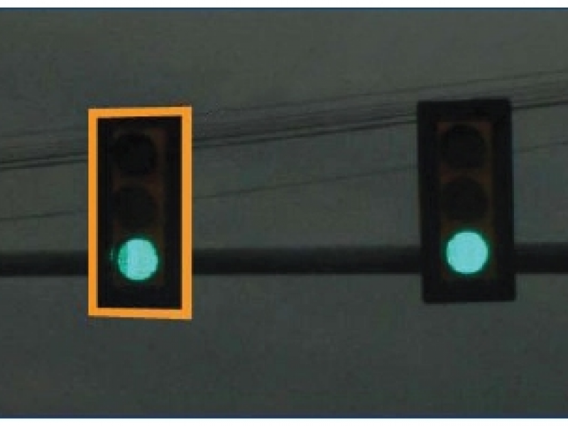 What S Up With The Yellow Reflective Plates On Traffic