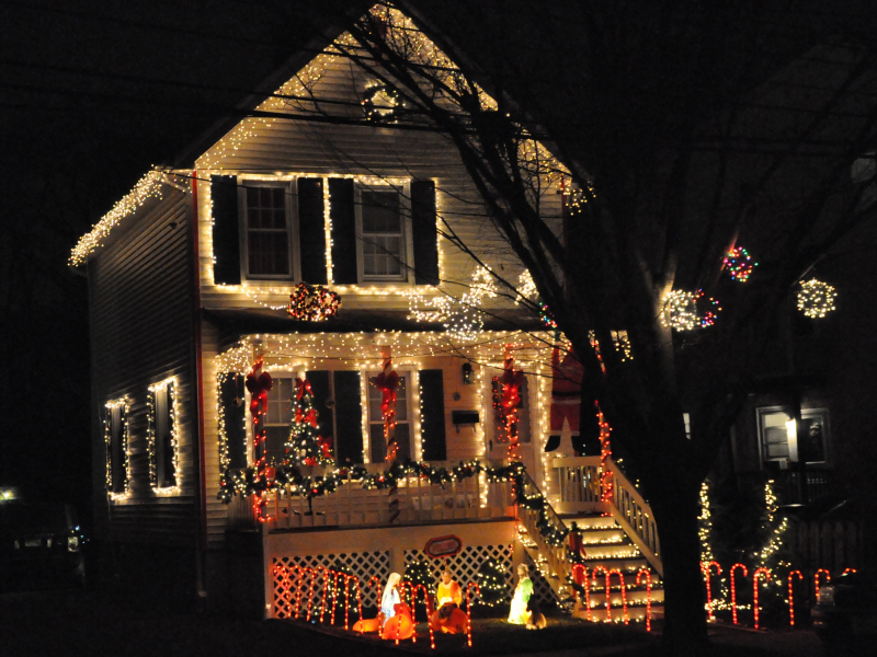 do you have madisons best holiday decorated house - Best Christmas Decorated Houses