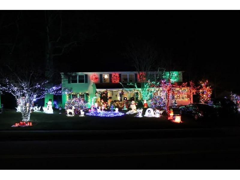 Light It Up: Register for Bowie Holiday Lights Contest   Bowie, MD ...