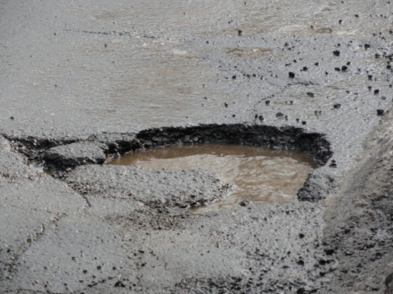 County Launches Mobile App to Report Potholes, Graffiti